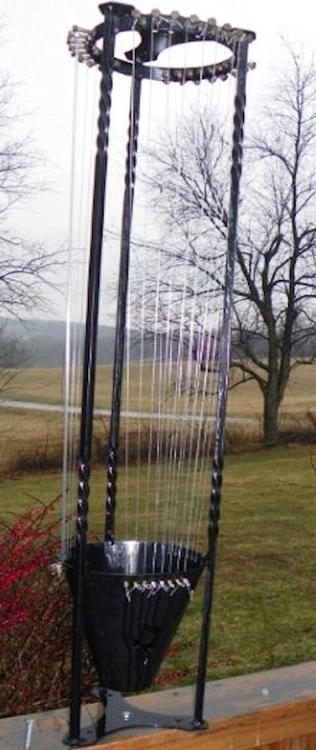 Simple Double Twist Wind Harp